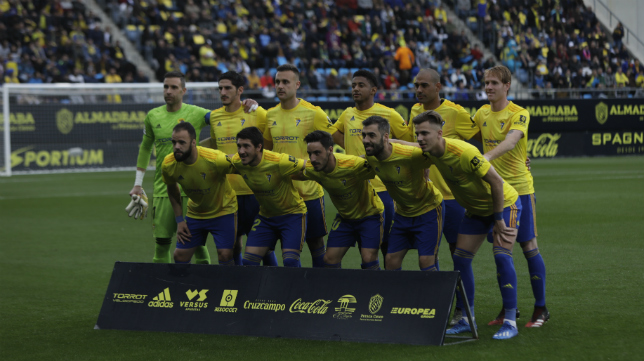 Once titular del Cádiz CF ante el Almería.