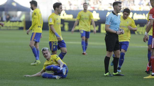 Salvi repetirá en el once tras volver a él hace una jornada ante el Zaragoza.