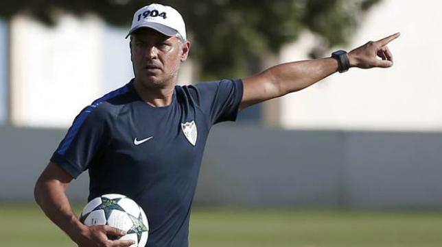 Sergio Pellicer, entrenador del Málaga y exjugador del Cádiz CF.