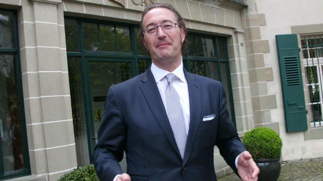 El abogado Juan de Dios Crespo, en la puerta del TAS.