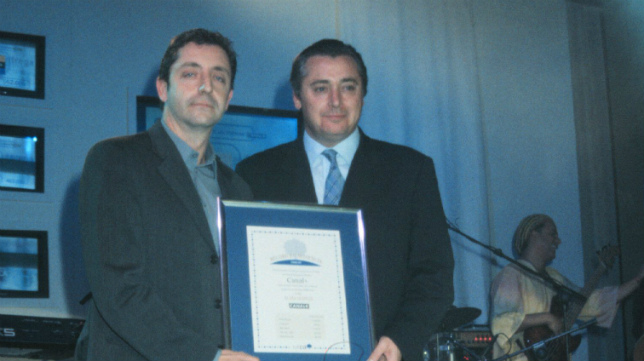 Josep Pedrerol y Michael Robinson
