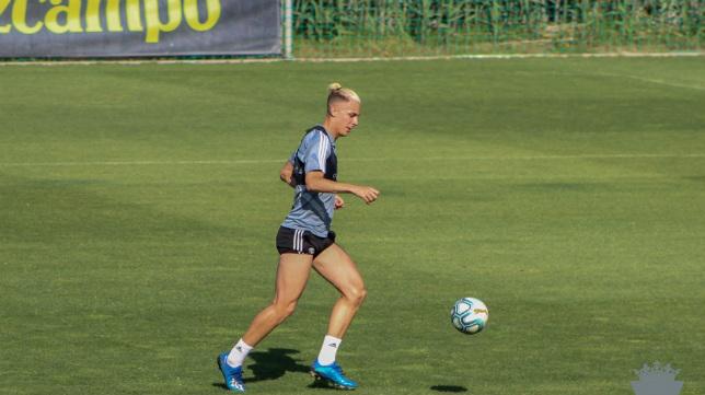 Iván Alejo, en un entrenamiento. Foto: Cádiz CF.