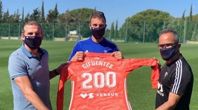 Alberto Cifuentes con Airas y Cervera en sus 200 partidos