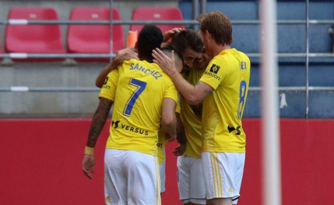 José Mari celebra su gol en Soria
