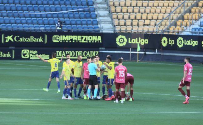 José Mari fue expulsado en el 21' de partido.