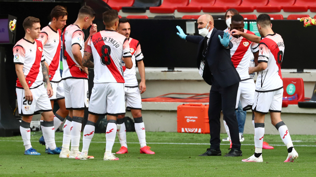Paco Jémez, entrenador del Rayo Vallecano, alineará un once diferente el próximo domingo en Cádiz.