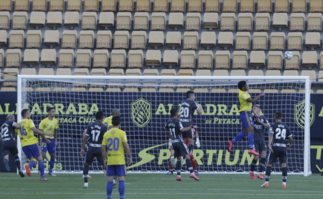 'Choco' Lozano marcó el gol del Cádiz CF.