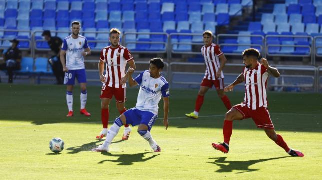 El Almería ganó 0-2 en Zaragoza. Foto: El Periódico.