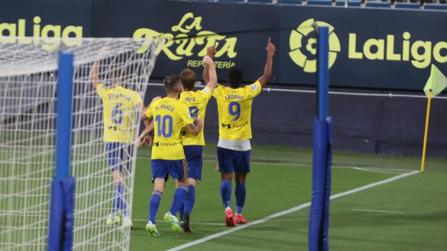 'Choco' Lozano celebra su segundo gol ante el Oviedo.