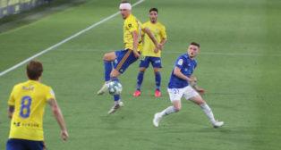 Sergio González completó un encuentro brillante ante el Oviedo.