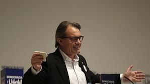 El sector de la consultoría reclama a Cataluña una deuda de 330 millones de euros