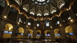 España coloca 3.455 millones en deuda a largo plazo a un menor interés