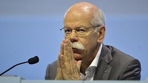 Daimler retirará 840.000 vehículos por llevar airbags «potencialmente defectuosos»