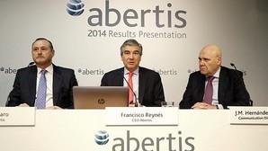 Abertis dispara su beneficio en 2015 hasta los 1.880 millones de euros por la salida a Bolsa de Cellnex