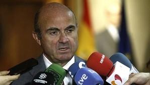 De Guindos escribe en «WSJ» que las diferencias sobre el déficit entre Bruselas y España «se pueden remediar»