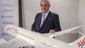 Hidalgo: «España perdería competitividad con la reducción de Barajas»