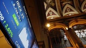 Luz roja para una docena de salidas a Bolsa en España