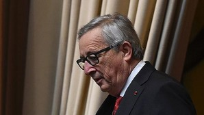 La CE pide a España que use la ley de Estabilidad para contener el déficit de las autonomías