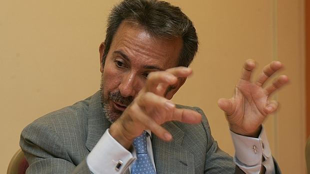 Francisco Briones, expresidente de Fórum Filatélico