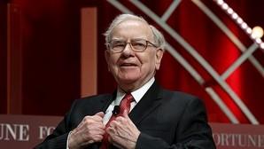 Warren Buffett invierte casi 1.000 millones en acciones de Apple
