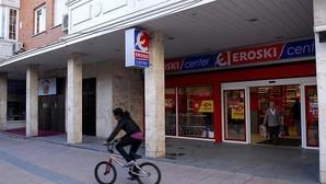 Eroski perdió 61 millones en 2015, un 78% menos