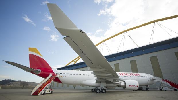 El nuevo avión A 330-200 de Iberia