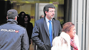 El juez rechaza citar a Ordóñez y a Restoy por la salida a Bolsa de Bankia