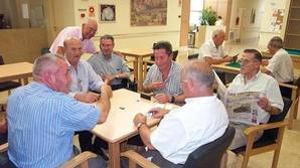 La «hucha» de las pensiones se agotará en 2017 al ritmo actual de retiradas