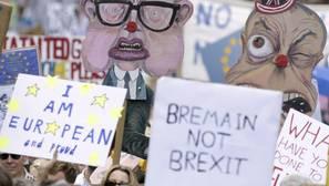 La confianza de los consumidores británicos sufre su mayor caída en 21 años tras la victoria del Brexit