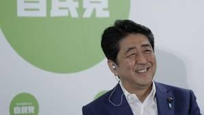 Japón descarta echar mano del «dinero de helicóptero» para luchar contra la deflación