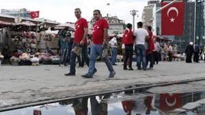 Standard and Poor's hunde la deuda de Turquía en el «bono basura»