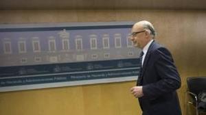 Hacienda exige a Extremadura y Aragón que paguen 374 millones a proveedores