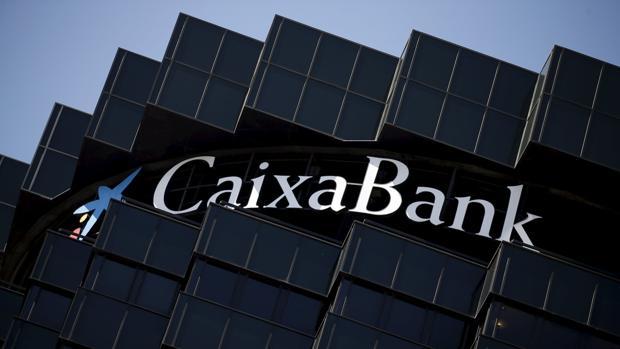 Caixa Bank, ahora dirigida por Jordi Gual, vio también reducida su ratio de morosidad al 7,3%