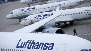 Lufthansa ganó un 55% menos en el primer semestre del año