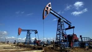 La caída del petróleo desde junio de 2014 es la mayor de los últimos 40 años