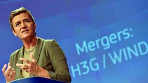 Bruselas defiende que la decisión sobre Apple no es política y que está basada en hechos