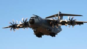 El A400M para el Ejército del Aire realiza su primer vuelo en Sevilla