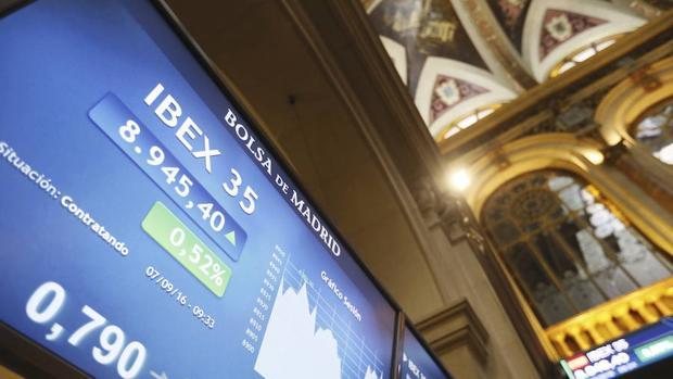 El Ibex recupera niveles de hace tres meses