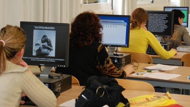 Los empresarios se fijan cada vez más en los estudios de postgrado