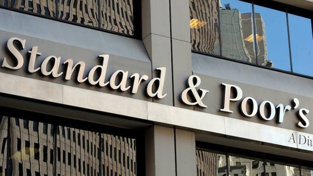 S&P advierte de que las autonomías tardarán décadas en reducir su deuda