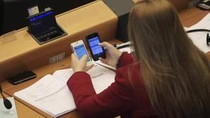El punto y final al roaming se enreda con el debate sobre la libre circulación en Europa