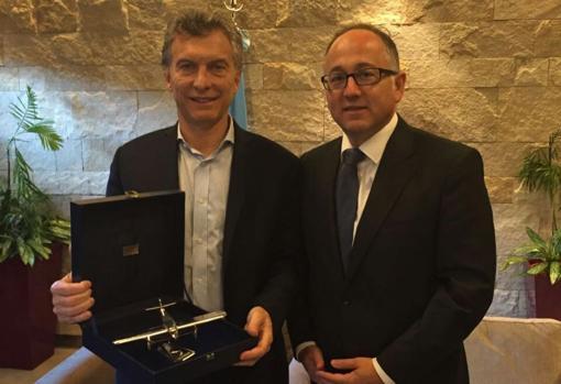 Mauricio Macri junto a Luis Gallego, CEO de Iberia