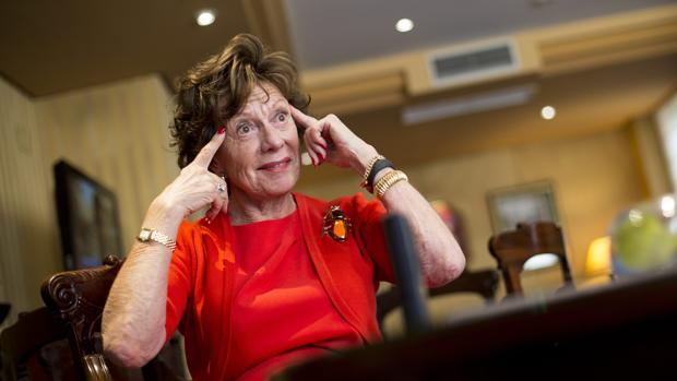 Neelie Kroes, exvicepresidenta de la Comision Europea en una entrevista con ABC