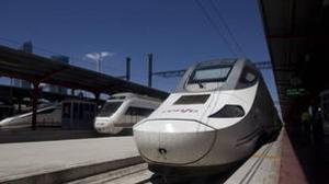 Portugal frena el alquiler de trenes a Renfe