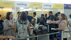 Vueling cesa a su director de estrategia tras el caos de julio