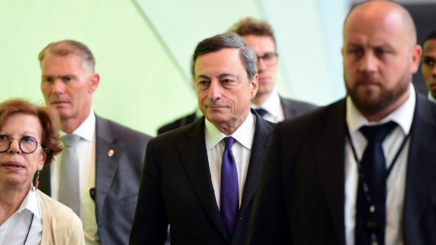 Mario Draghi afirma que el sistema bancario de la eurozona necesita «consolidación»