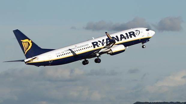 La compañía irlandesa busca tripulantes de cabina en toda España