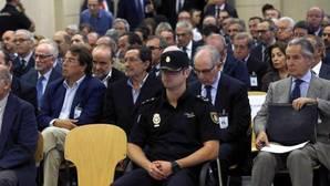 Bankia desvela que las peticiones para elevar los límites de gasto de las tarjetas «black» eran continuas