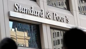 S&P insta a España a reformar el sistema de financiación autonómica