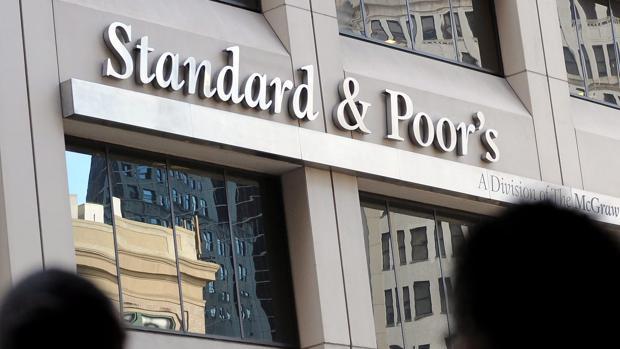 S&P cuestiona la efectividad del sistema auónomico español